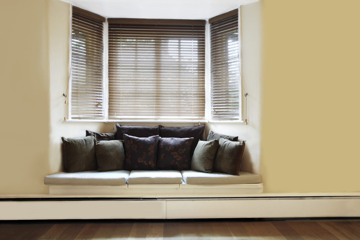 Top Tips For Dressing Bay Windows What Are The Options